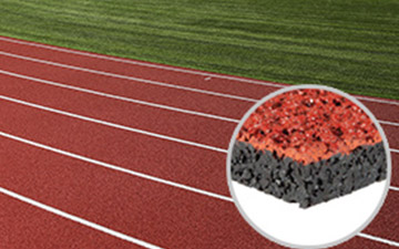 spray-coating-runnig-track-rubber-flooring-2